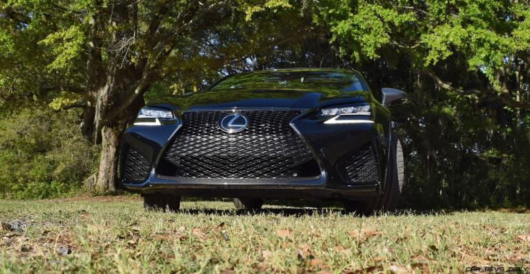 Lexus GS F 12