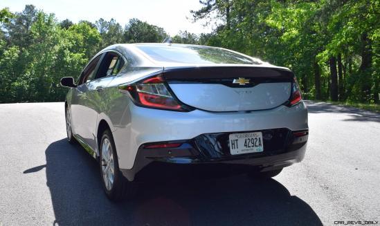 2017 Chevrolet VOLT Premier 36