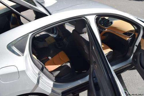 2017 Chevrolet VOLT Premier 52