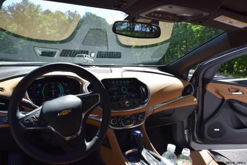2017 Chevrolet VOLT Premier 64