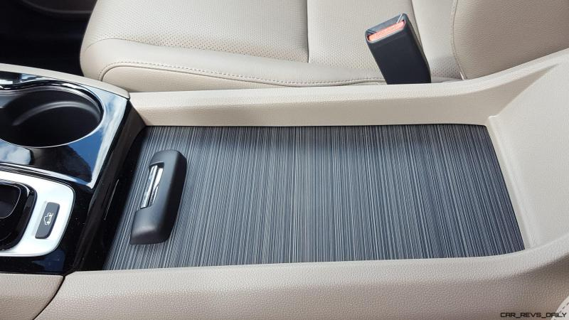 2017 Honda Ridgeline AWD RTL-E 31