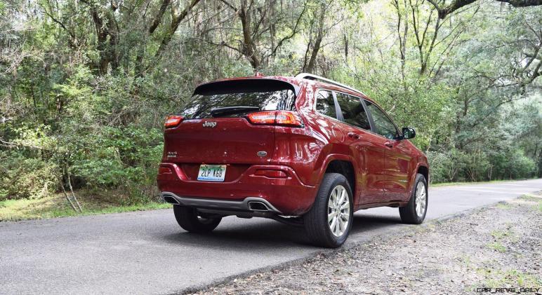 2016-jeep-cherokee-overland-4x4-8