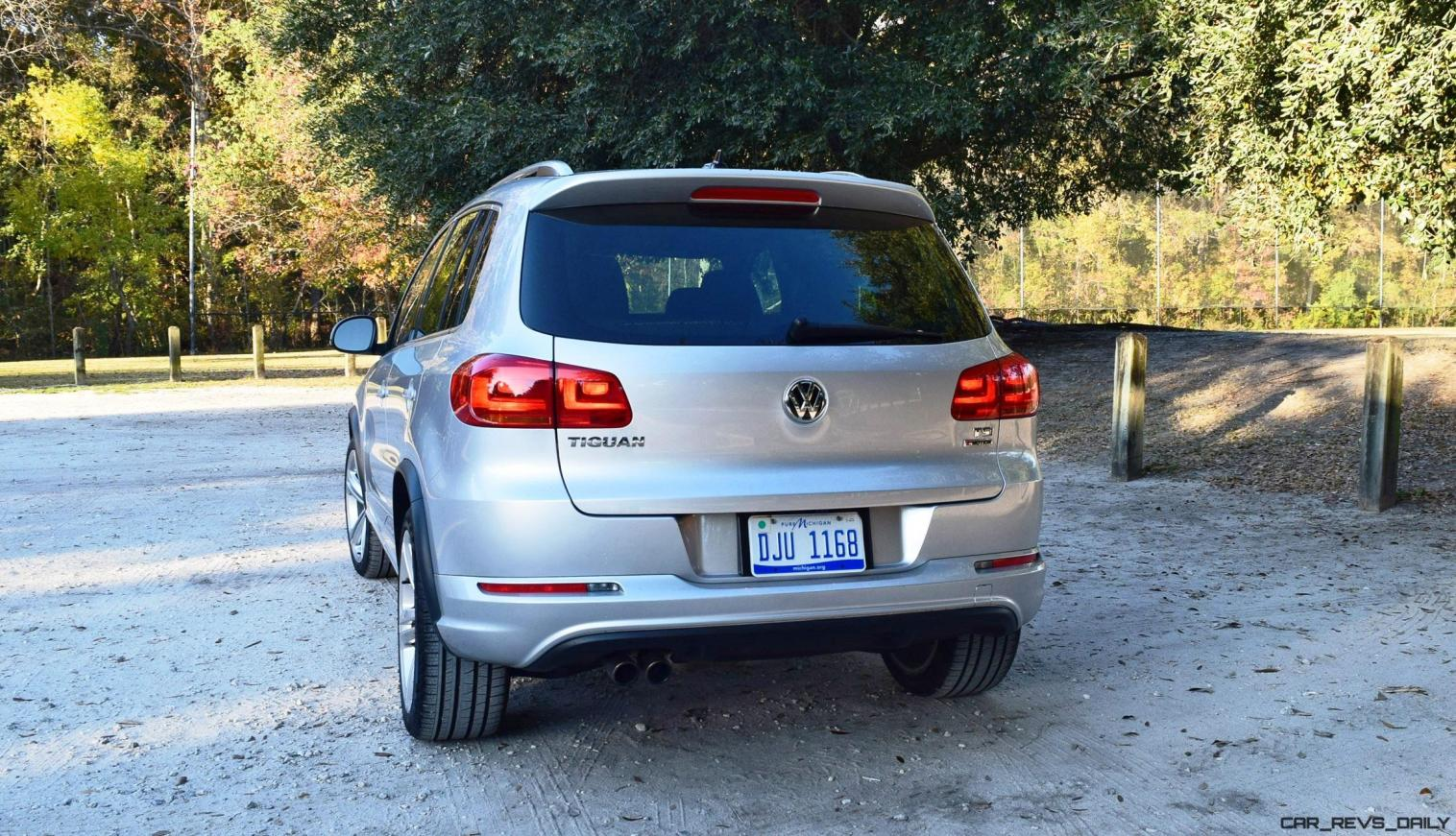 2016 VW Tiguan R-Line Review 16