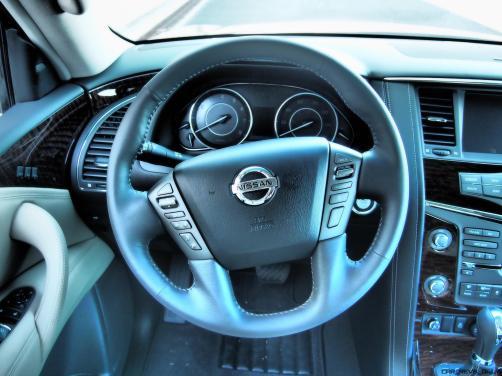 2017 Nissan ARMADA Platinum 41