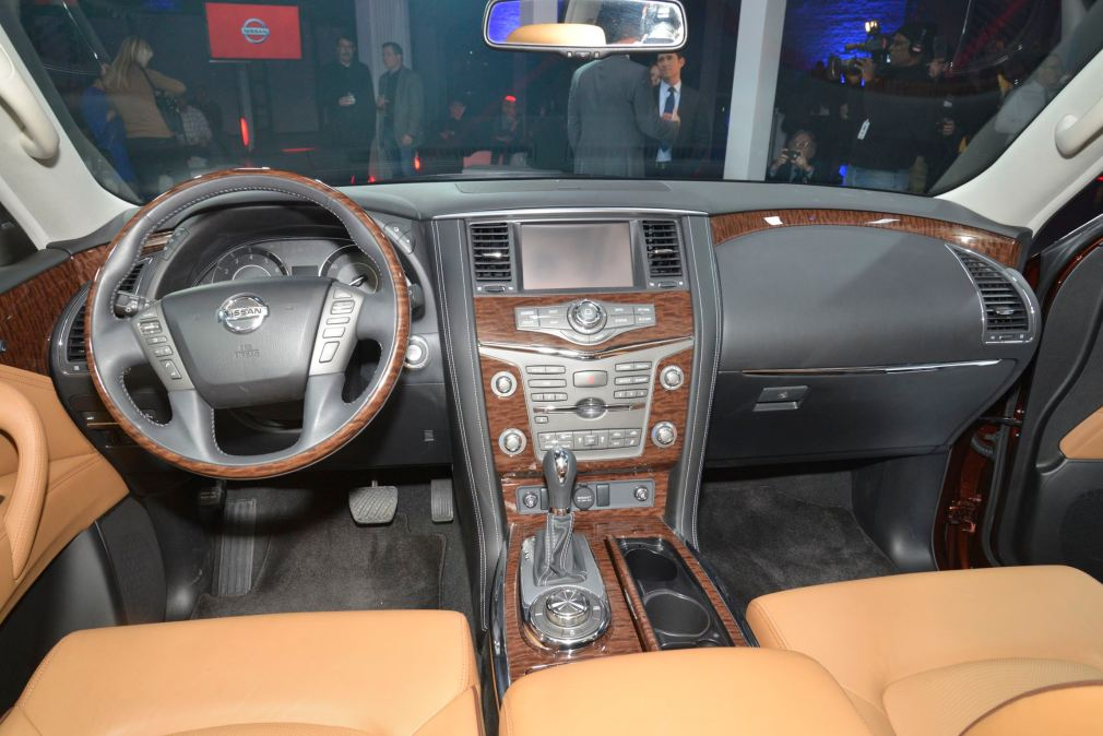 2017 Nissan Armada 14