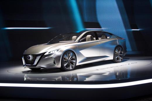 Nissan_2017_NAIAS_05