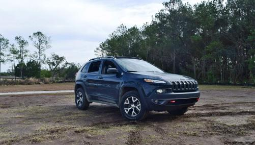 2017 Jeep Cherokee TRAILHAWK 1