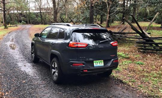 2017 Jeep Cherokee TRAILHAWK 55