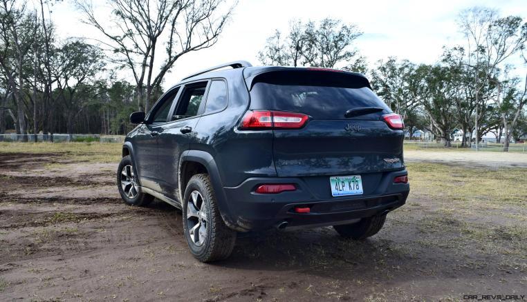 2017 Jeep Cherokee TRAILHAWK 9