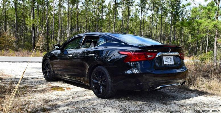 2017 Nissan Maxima SR Midnight Edition 16