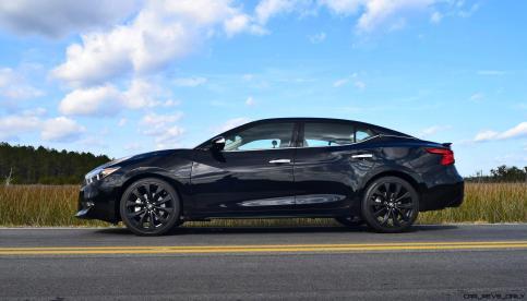 2017 Nissan Maxima SR Midnight Edition 40
