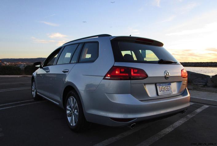 2017 VW Golf SportWagen S 4Motion 20