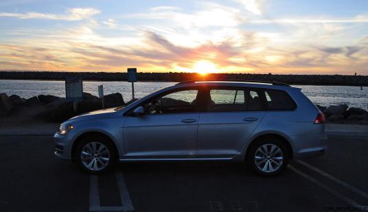 2017 VW Golf SportWagen S 4Motion 21