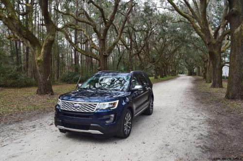 2017 Ford Explorer PLATINUM Exterior 6