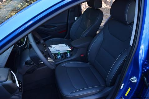2017 Hyundai Ioniq Hybrid 29