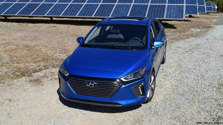 2017 Hyundai Ioniq Hybrid 42