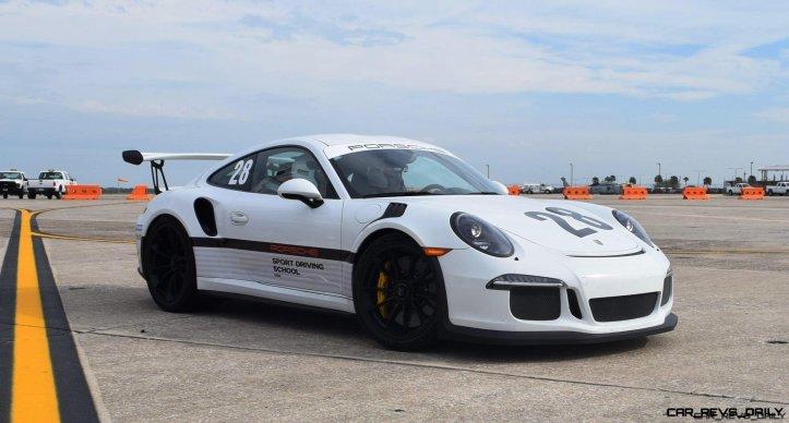 2017 Porsche 911 GT3RS 6