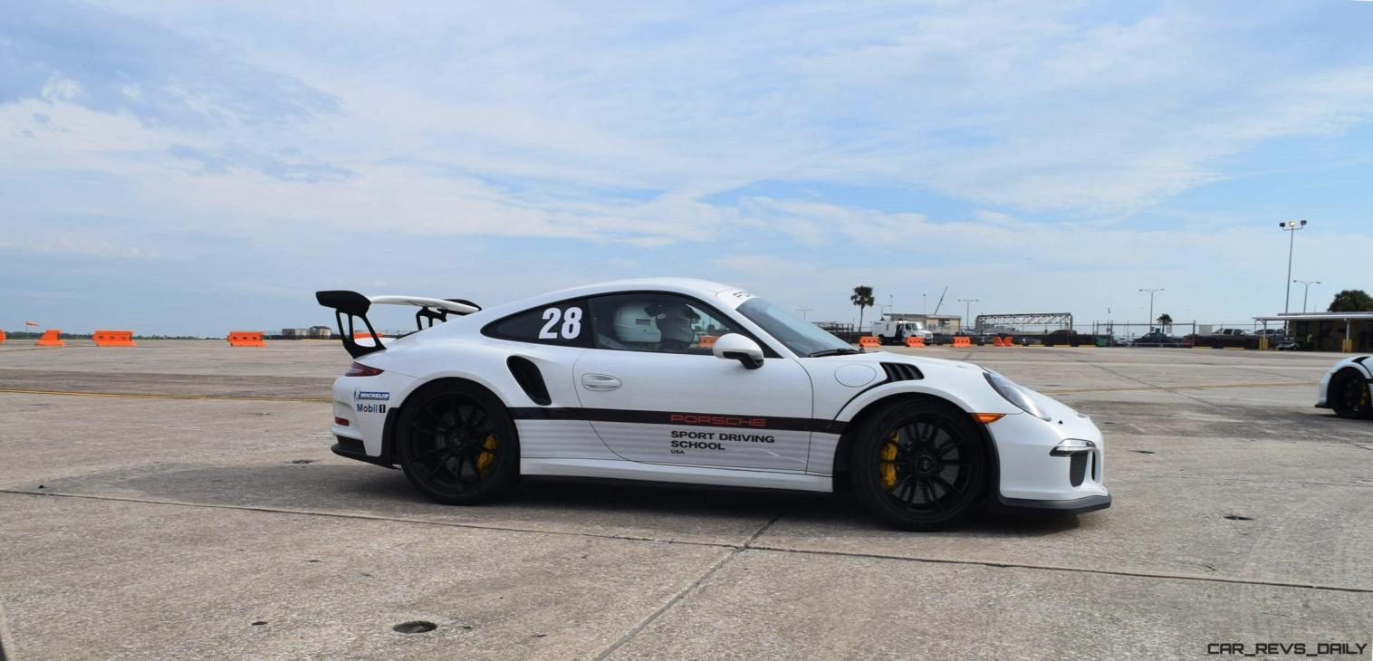 2017 Porsche 911 GT3RS 8