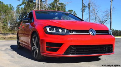 2017 VW Golf R Review 18