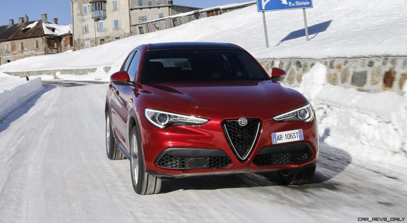 2018 Alfa Romeo STELVIO23