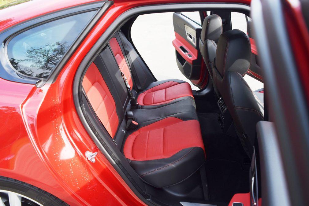 2017 Jaguar XF 35t AWD R-Sport 46