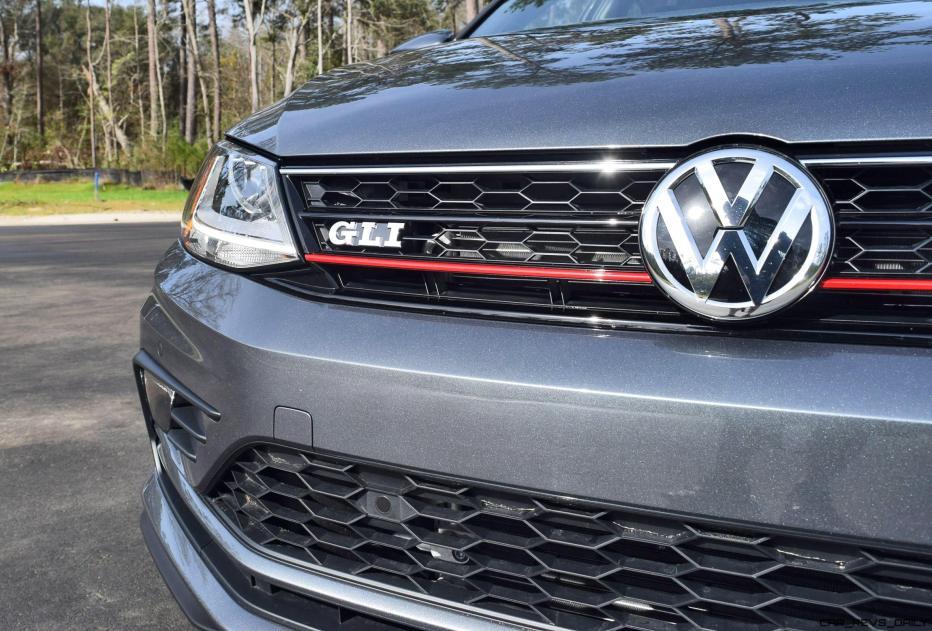 2017 VW Jetta GLI DSG Automatic - HD Road Test Review 12