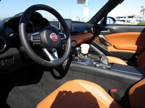 2017 Fiat 124 Spider Lusso INTERIOR 1