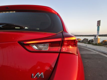 2017 Toyota Corolla iM Review 5