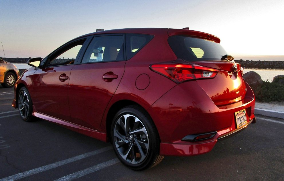 2017 Toyota Corolla iM Review 7