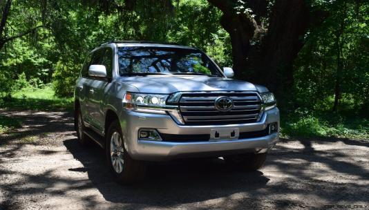 2017 Toyota LAND CRUISER 21