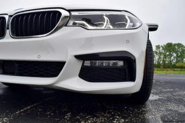 2017 BMW 540i 35