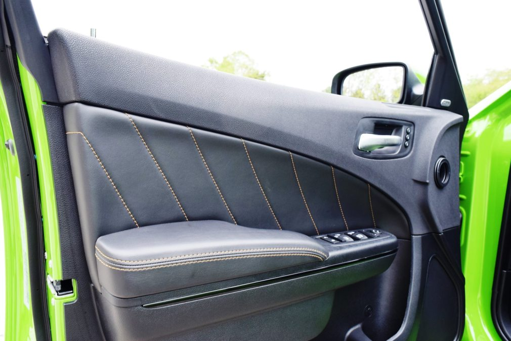 2017 Dodge Charger DAYTONA 44
