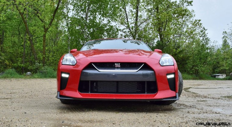 2017 Nissan GT-R Review 5
