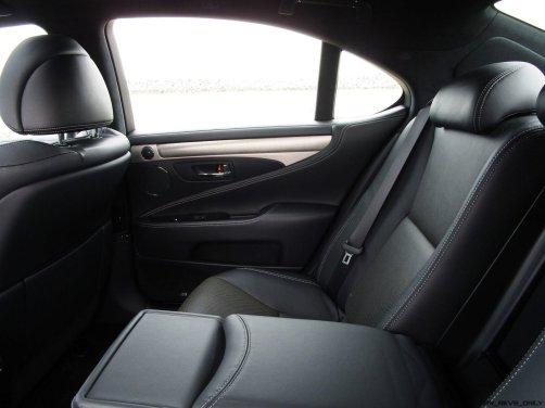 2017 Lexus LS460 F Sport Interiors 30