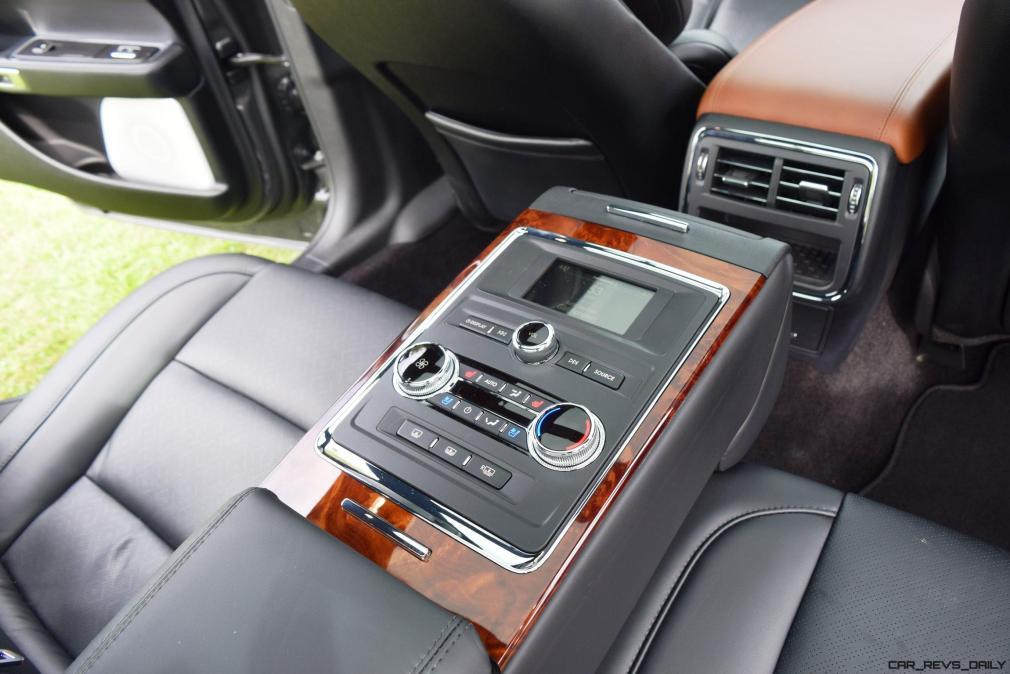 Lincoln Continental 2017 Interior 15