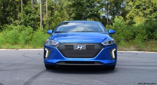 2017 Hyundai Ioniq Hybrid EXTERIOR 10