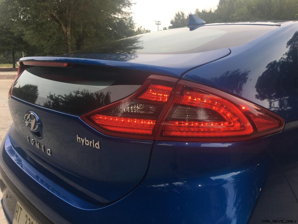 2017 Hyundai Ioniq Hybrid EXTERIOR 50
