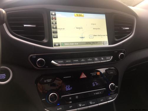 2017 Hyundai Ioniq Hybrid INTERIOR 11