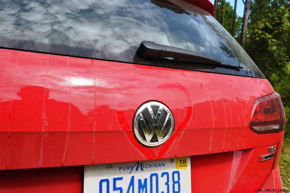 2017 VW Golf Alltrack S 12