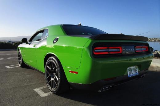 2017 Dodge Challenger 17