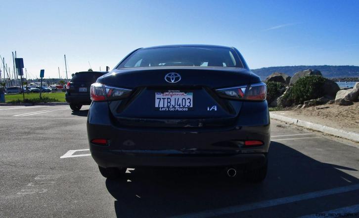 2017 Toyota Yaris iA 15