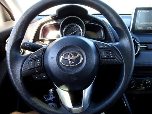 2017 Toyota Yaris iA15