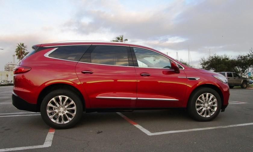 2018 Buick ENCLAVE Exterior 5