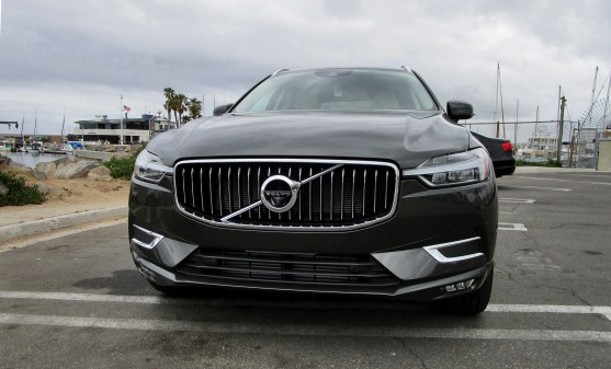 2018 Volvo XC60 T6 AWD Inscription - Road Test Review - By Ben Lewis 3