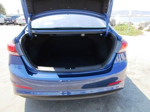 2018 Hyundai Elantra Limited 11