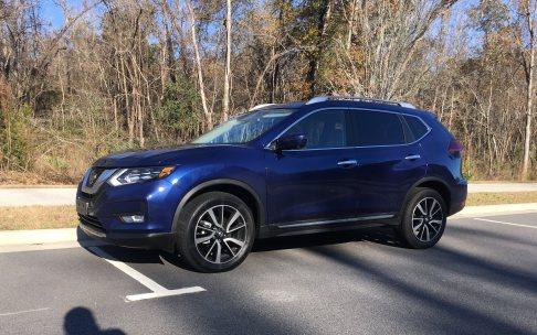 2018 Nissan ROGUE Platinum Reserve 17