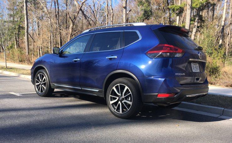 2018 Nissan ROGUE Platinum Reserve 21