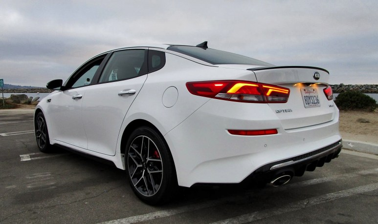 2019 Kia Optima SX Turbo 16