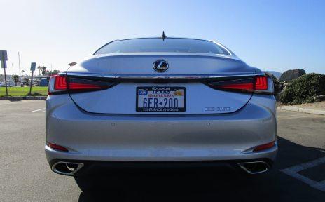 2019 Lexus ES350 10