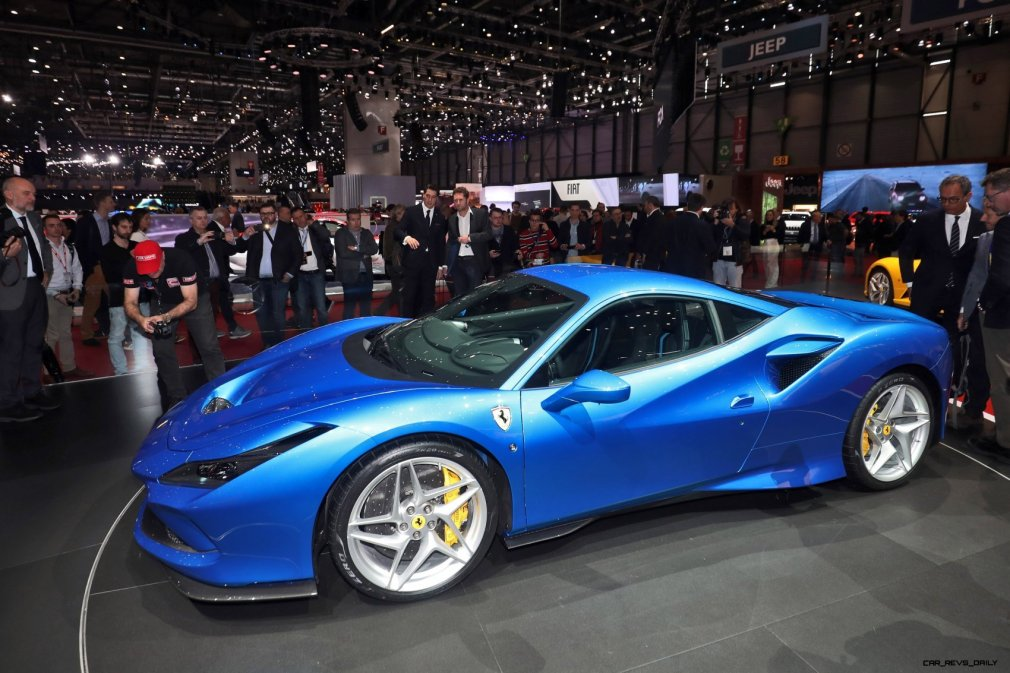 Ferrari F8 Tributo 4